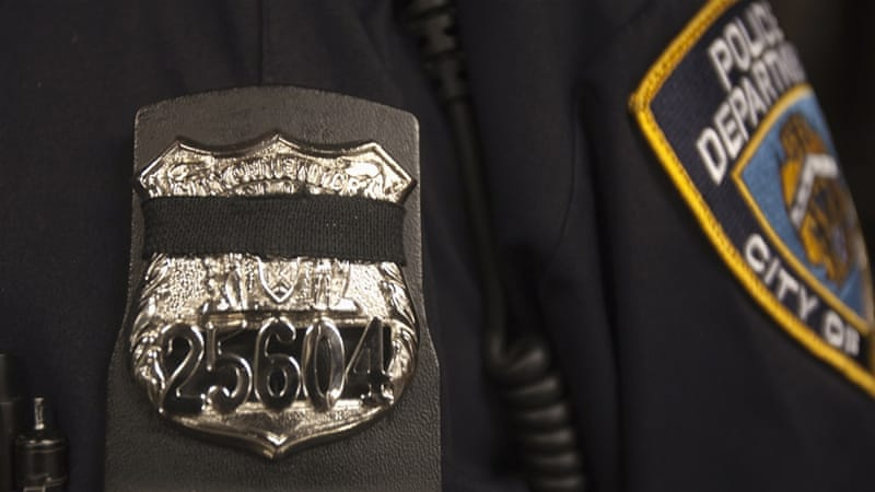 NYPD Sikh officers will be allowed to wear turbans in place of the traditional police cap [Reuters]
