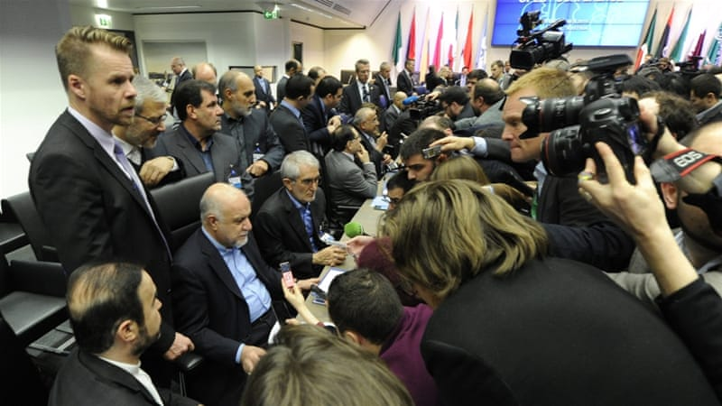 Earlier this week. Iranian Oil Minister Bijan Zangeneh said that his country is ready for a dialogue with Saudi Arabia to discuss the current state of the international oil market. [EPA/Herbert Pfarrhofer]