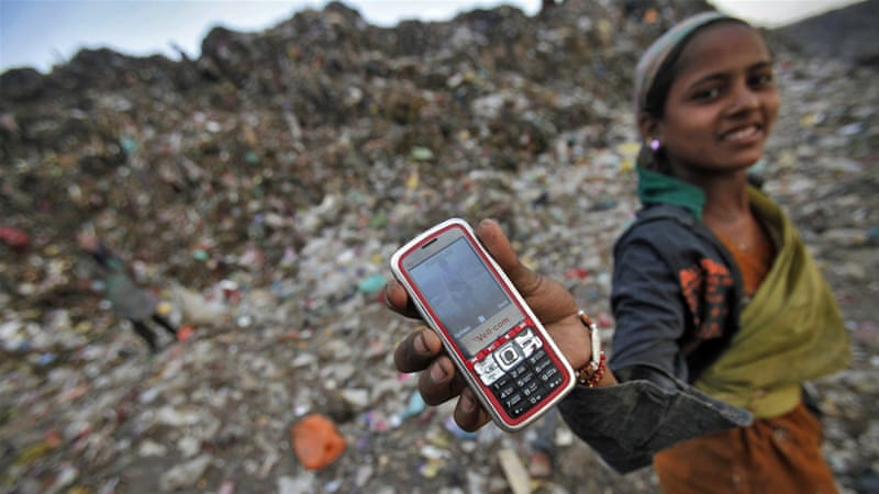 3d9b2851918 India  Banning women from owning mobile phones