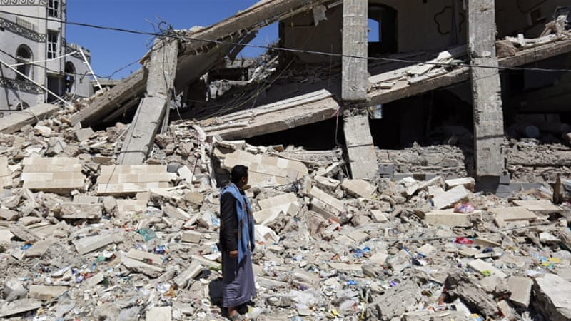 Almost 6,300 people, half of them civilians, have been killed in the Yemen conflict last Mach 2015 [EPA]