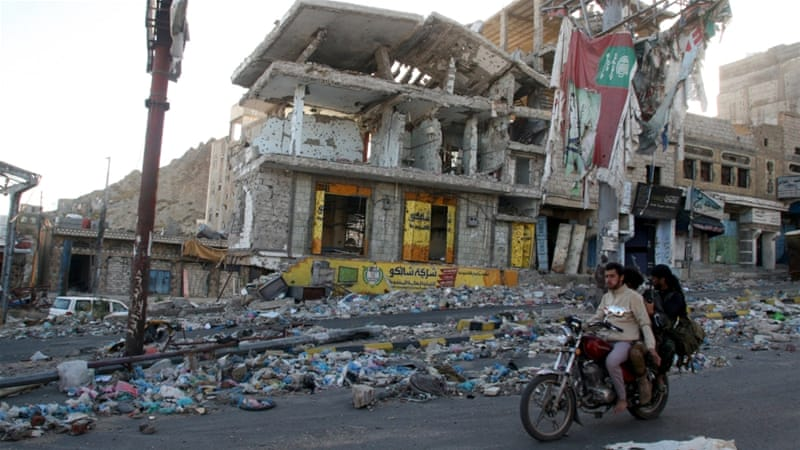 ISIL claims triple suicide bombs in Yemen