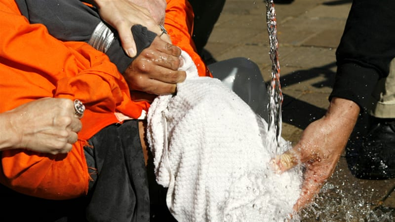 Poll: Most Americans back torture of 'terror' suspects