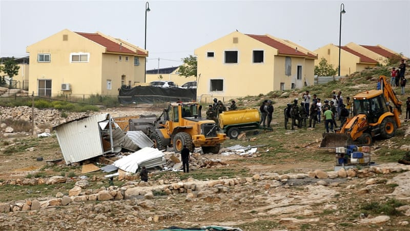 Israeli settlements 'war crimes'