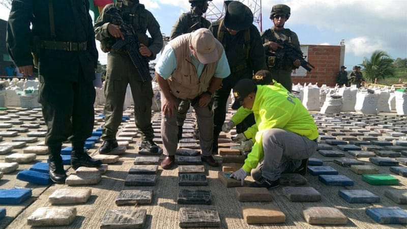 Colombia produces about 442 tonnes of cocaine each year [Colombian Police via EPA]