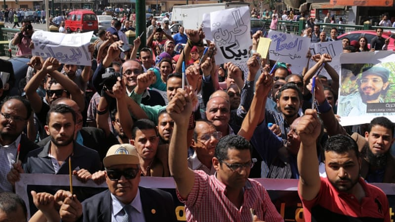 Journalists protest outside the Egyptian press syndicate in downtown Cairo [Khaled ElFiqi/EPA]