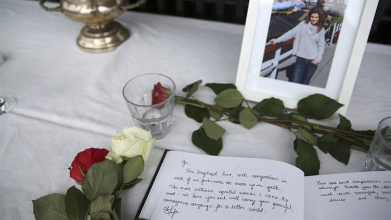 A book of condolence for Labour Party MP Jo Cox is seen near her houseboat in Wapping in East London [Reuters]