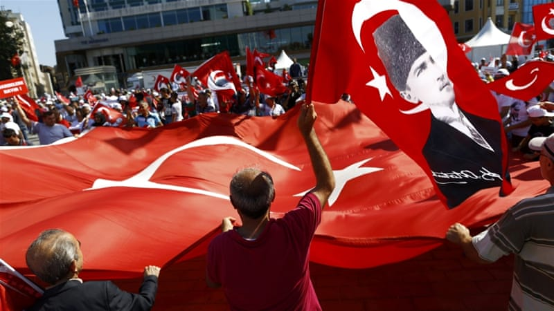 Turkey arrests 42 journalists