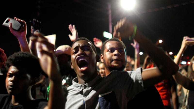 Crowds of protesters gathered in Phoenix, Arizona, to denounce police violence against black men [Ricardo Arduengo/Reuters]