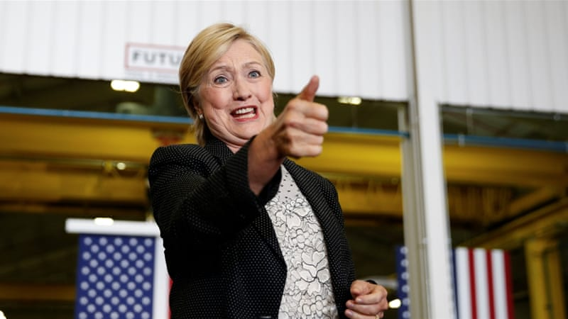 Hillary Clinton paid an effective federal tax rate of 34.2% last year according to a tax filing [Chris Keane/Reuters]