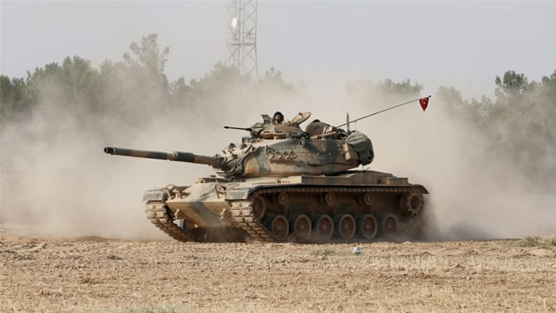 Turkish tanks enter Syria