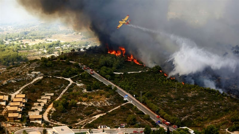 Wildfire near Spanish resort of Javea forces evacuations