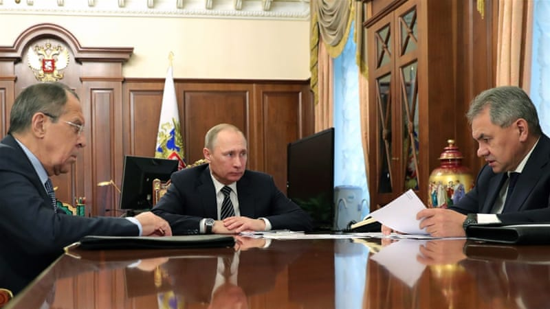 At a meeting with Russian President Vladimir Putin and FM Sergey Lavrov, Defence Minister Sergey Shoigu announced the truce in Syria would take effect at midnight on December 30, 2016 [EPA]