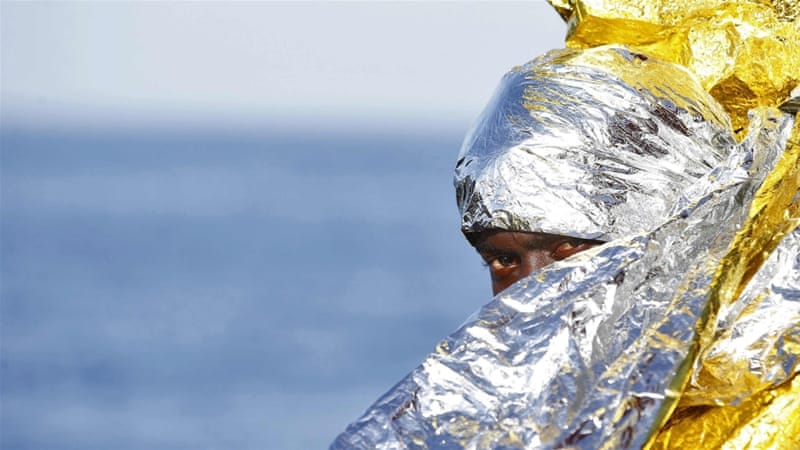 Refugees drown near Libya
