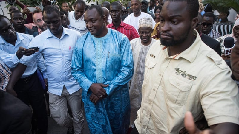 Support for Gambia's Jammeh crumbling as sixth minister resigns
