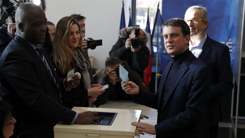 France: Socialists cast votes for presidential hopeful