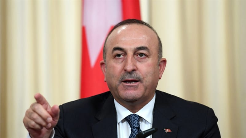 Cavusoglu meets Gulf envoys to discuss diplomatic rift