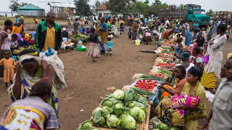 The weekly market in Vitshumbi fishing village on the Southern shores of Lake Edward in Vitshumbi, Democratic Republic of Congo, August 2013 [Getty Images]