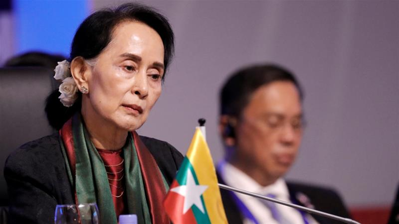 Activists are angry at Aung San Suu Kyi's inaction over alleged atrocities against Rohingya in Rakhine [Dondi Tawatao/Reuters]