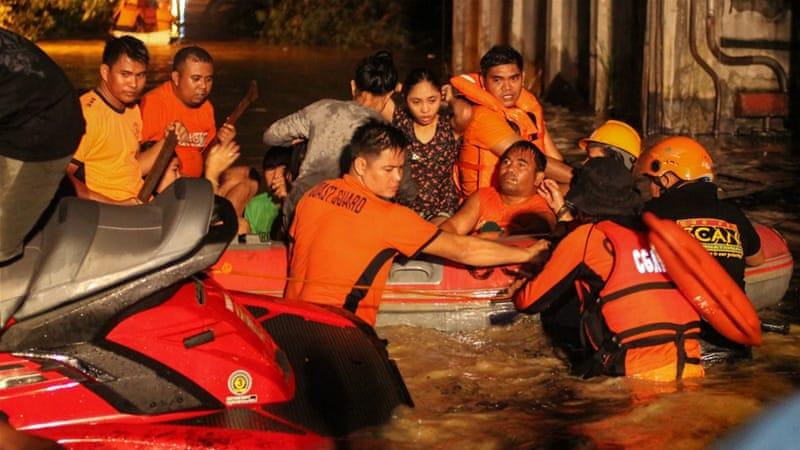 Philippine flash flood, landslides kills 100