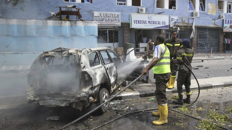 Large explosion hits Somali capital Mogadishu