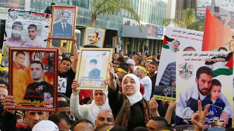 Thousands of Palestinians rally in West Bank as prisoners launch hunger strike