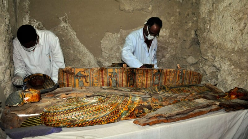The tomb was discovered in the Draa Abul Nagaa necropolis [Stringer/AFP]
