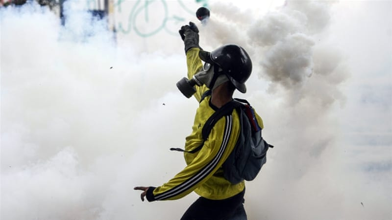 Venezuela opposition vows further anti-govt protests