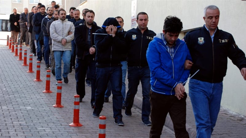 Thousand detained in Turkey in operation against