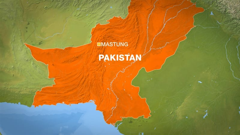 Pakistani police: 15 killed in bombing that wounded lawmaker