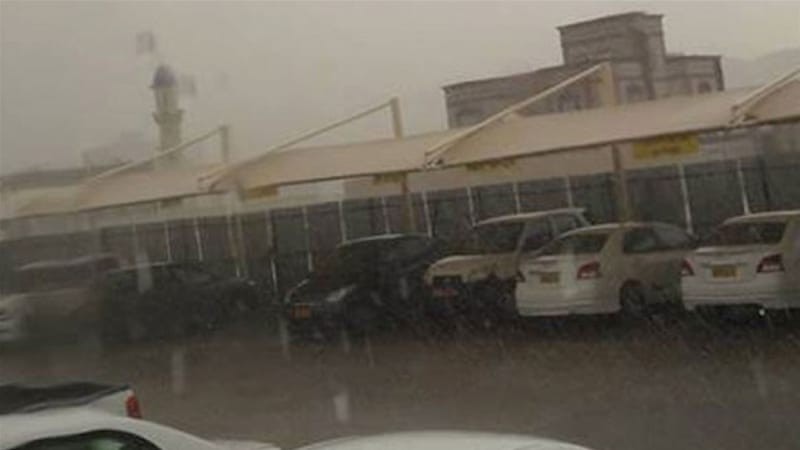 Rain continues into Sunday afternoon in Muscat, Oman [Anoop Narayanan/Times of Oman]