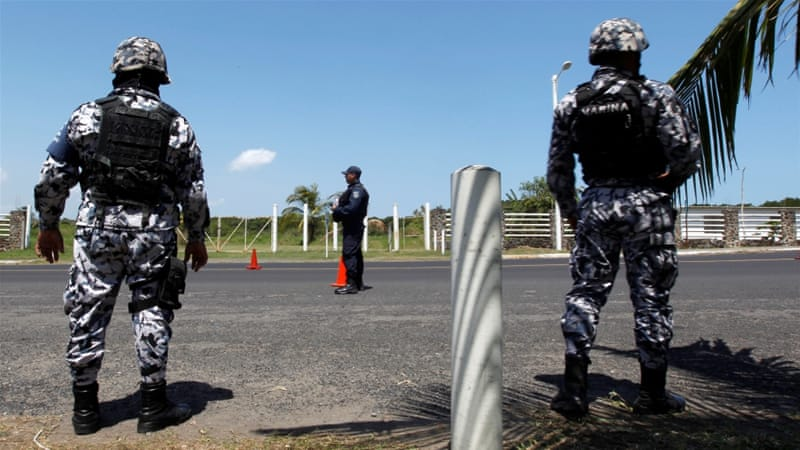 Police commander among at least 10 killed in Mexican state