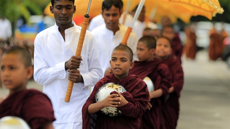 Sri Lanka: Buddhism to remain paramount in new charter