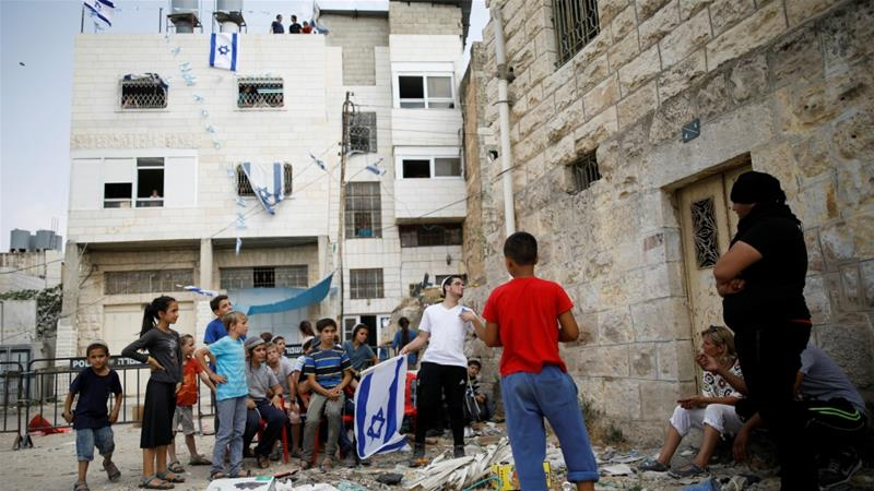 Settlers occupy Palestinian home in Hebron