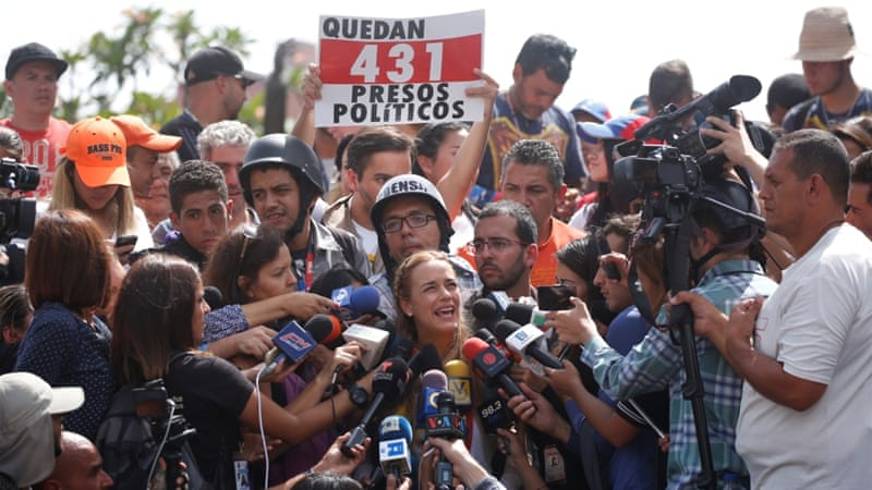 Maduro rival Leopoldo López vows to fight after release