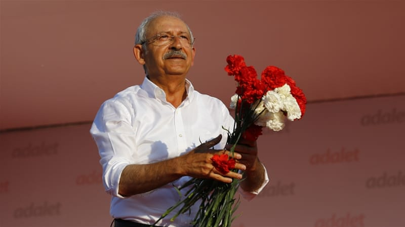Turkey's CHP leader ends 450km protest march with rally