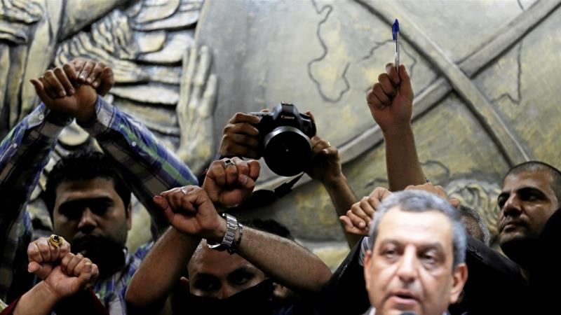 Freedom House: Governments strangling the web
