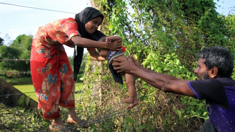 Rohingya people dead after boat sinks off Bangladesh
