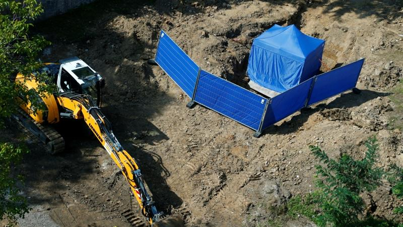 Frankfurt defuses massive WWII bomb after evacuating 60000