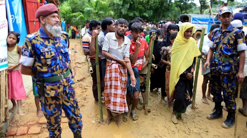 Some 600,000 Rohingya have fled from Myanmar to Bangladesh [Showkat Shafi/Al Jazeera]