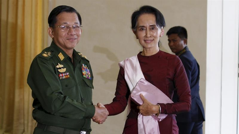 General Min Aung Hlaing and Aung San Suu Kyi [Photo/Soe Zeya Tun/Reuters]