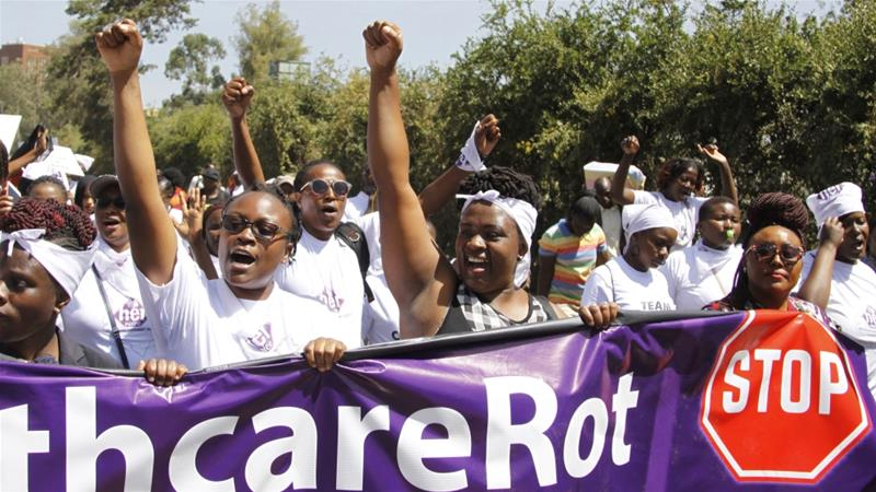 Protesters call for a public inquiry and the resignation of Kenyatta National Hospital's management [Khalil Senosi/AP]