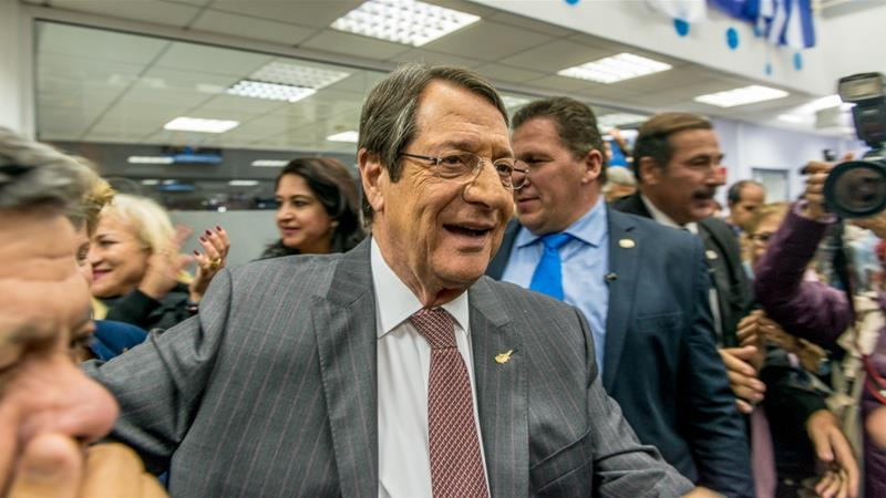 Cyprus election: Anastasiades and Malas go to runoff