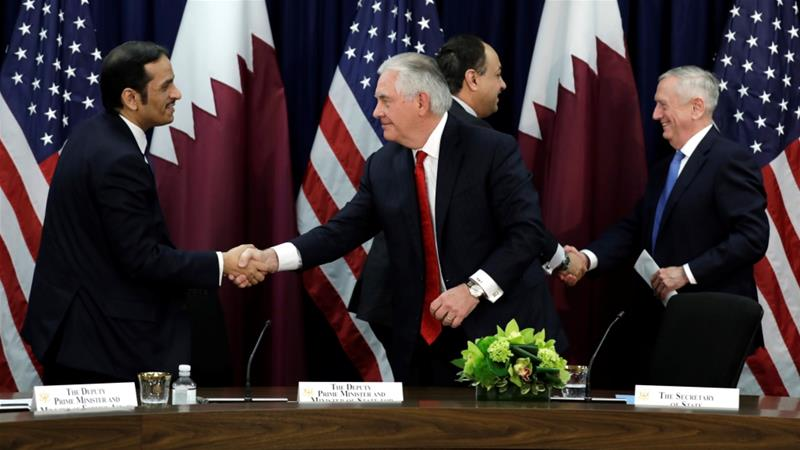 Tillerson, Mattis Meet with Qatari Officials Amid Tensions in Persian Gulf