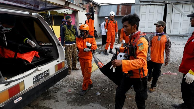 Indonesia extends quake and tsunami search operation