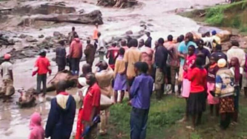 Landslide kills dozens in eastern Uganda