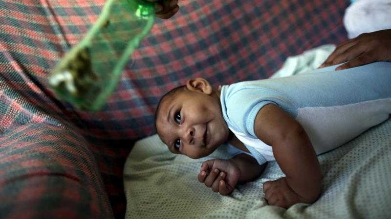 Pregnant women who contract Zika virus can see their infants develop the brain defect microcephaly [File: Nacho Doce/Reuters]