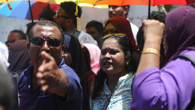 Maldives opposition seeks to bar president from leaving country