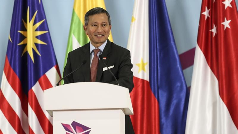 Singapore Foreign Minister Vivian Balakrishnan said Myanmar's government needs to 'do the right thing'  [File: Yong Teck Lim/AP]