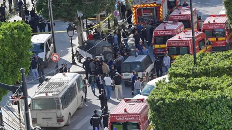 Woman blows herself up in central Tunis, injuries reported