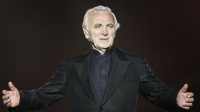 Charles Aznavour performs during the Quebec Summer Festival July 6, 2008 [Mathieu Belanger/Reuters]